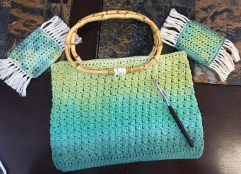 DIY Crochet Handbag TutorialFinished