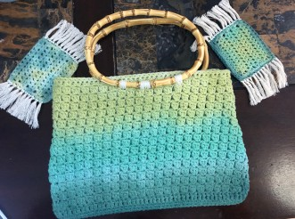 DIY Crochet Handbag TutorialFinished2